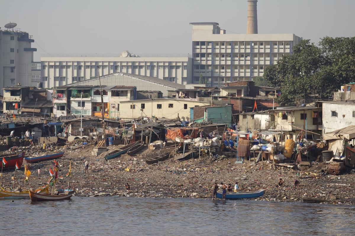 Waterside homes in Mumbai. Flickr/Department of Foreign Affairs and Trade